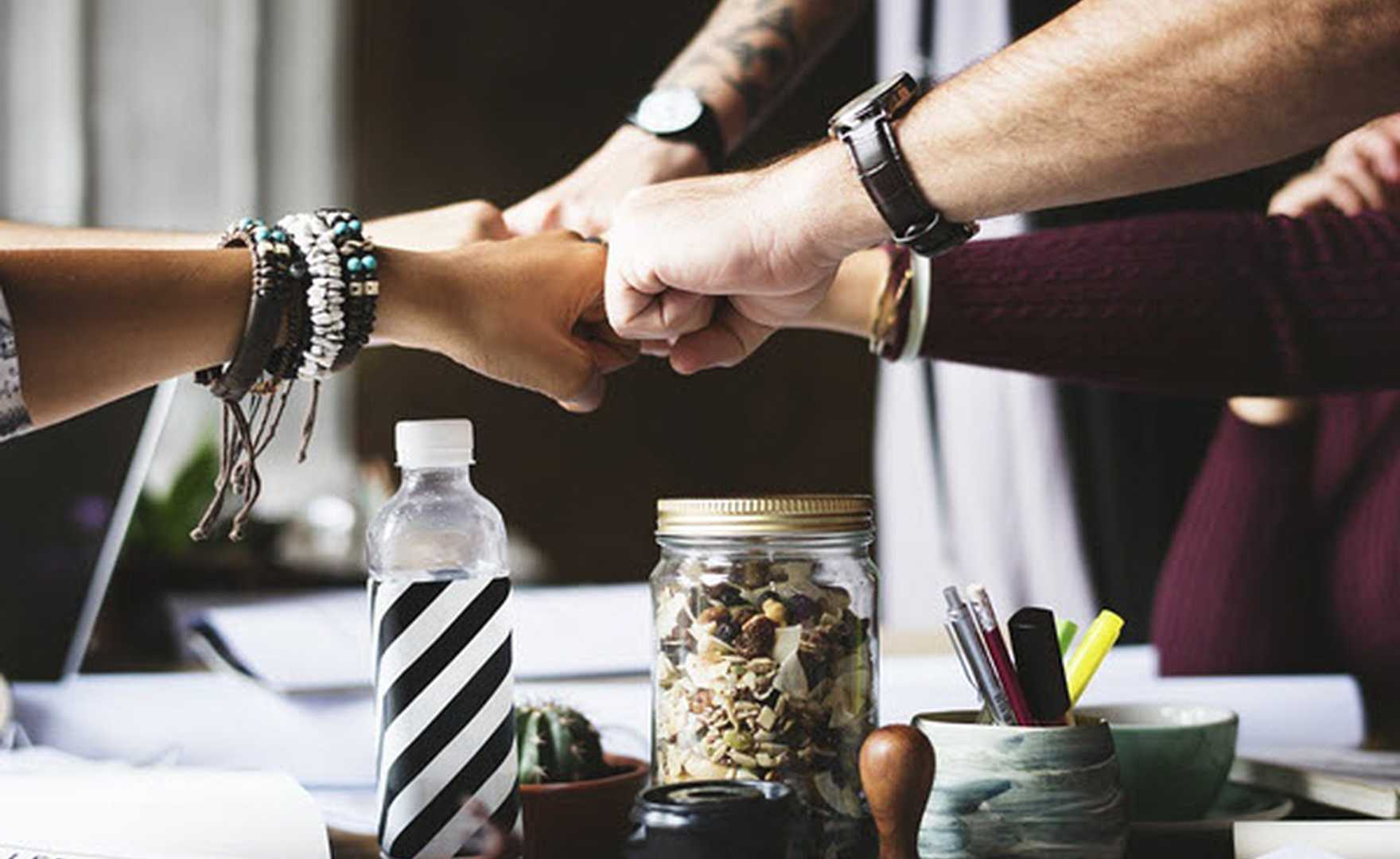How random acts of kindness can transform the workplace